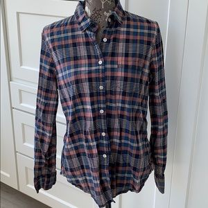 American Eagle classic prep fit button down top